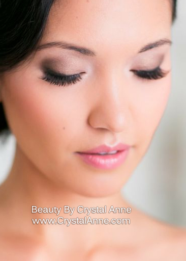 Buffalo Ny Wedding Photographer Providing Bridal Makeup With Airbrush Artist Vidalondon